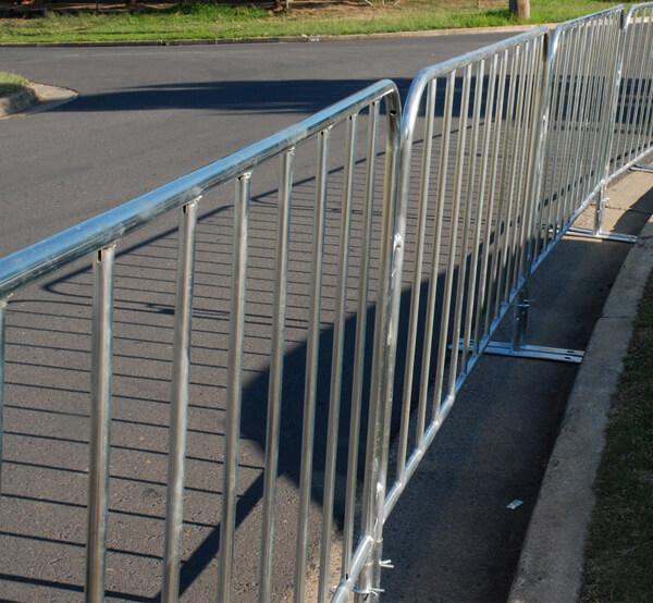 crowd-barrier
