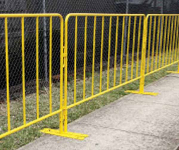 thumb_barriers-crowd-yellow-powdercoat