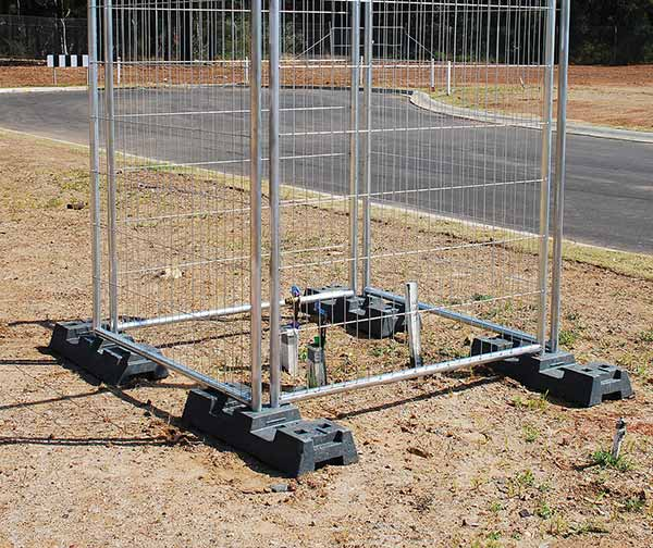 thumb_temporary-fencing-footpath-panel